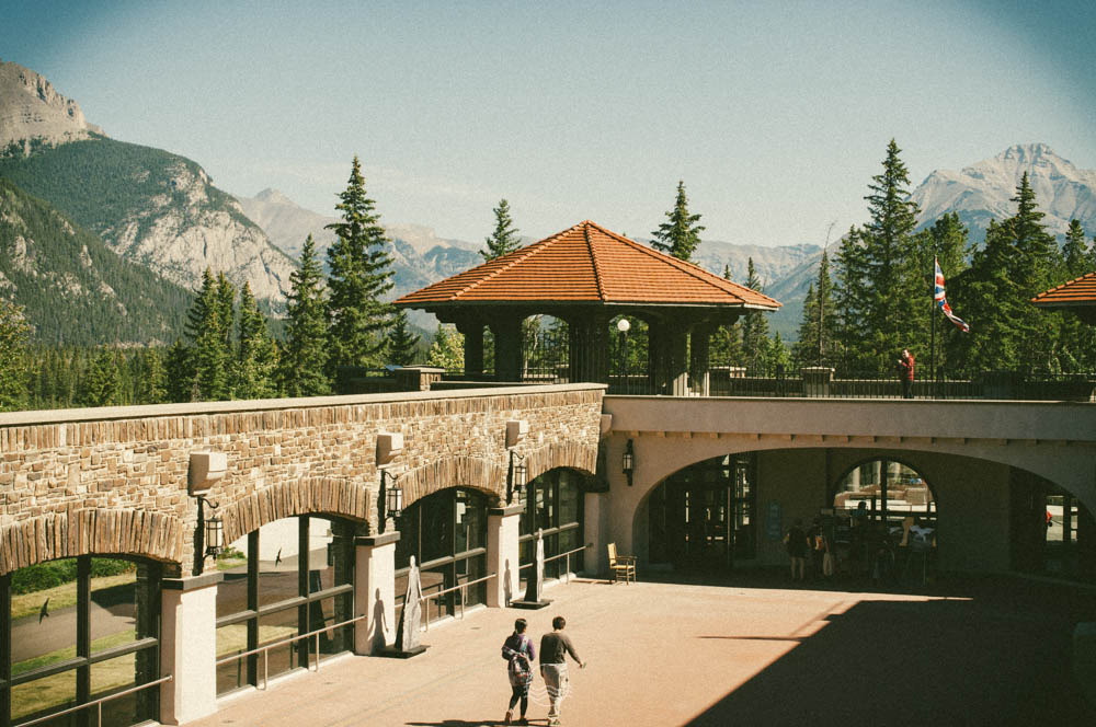 banff cave and basin springs lune vintage blog-3.jpg