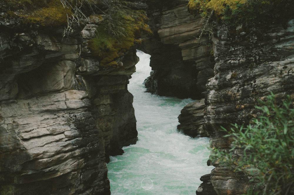 athabasca falls canada lune blog-1.jpg