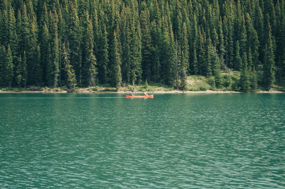 Maligne lake spirit island jasper canada lune blog-23.jpg