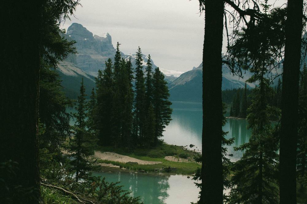 Maligne lake spirit island jasper canada lune blog-6.jpg