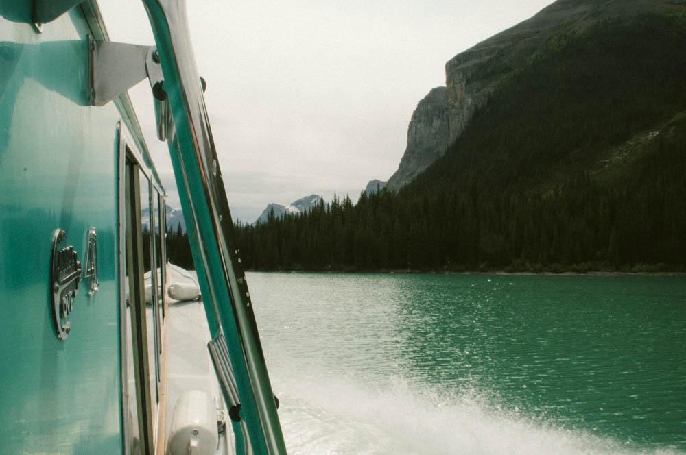 Maligne lake spirit island jasper canada lune blog-9.jpg