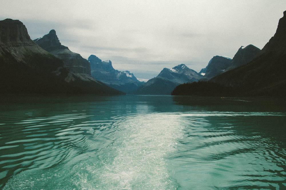 Maligne lake spirit island jasper canada lune blog-15.jpg