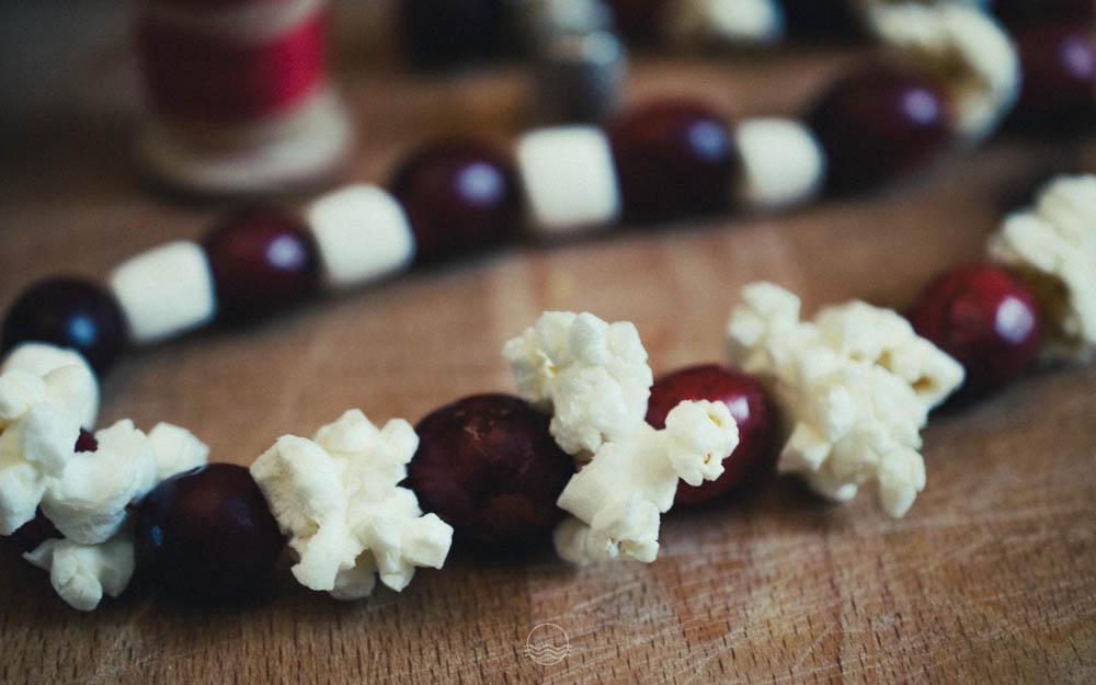cranberry popcorn garland lune vintage blog 1jpg