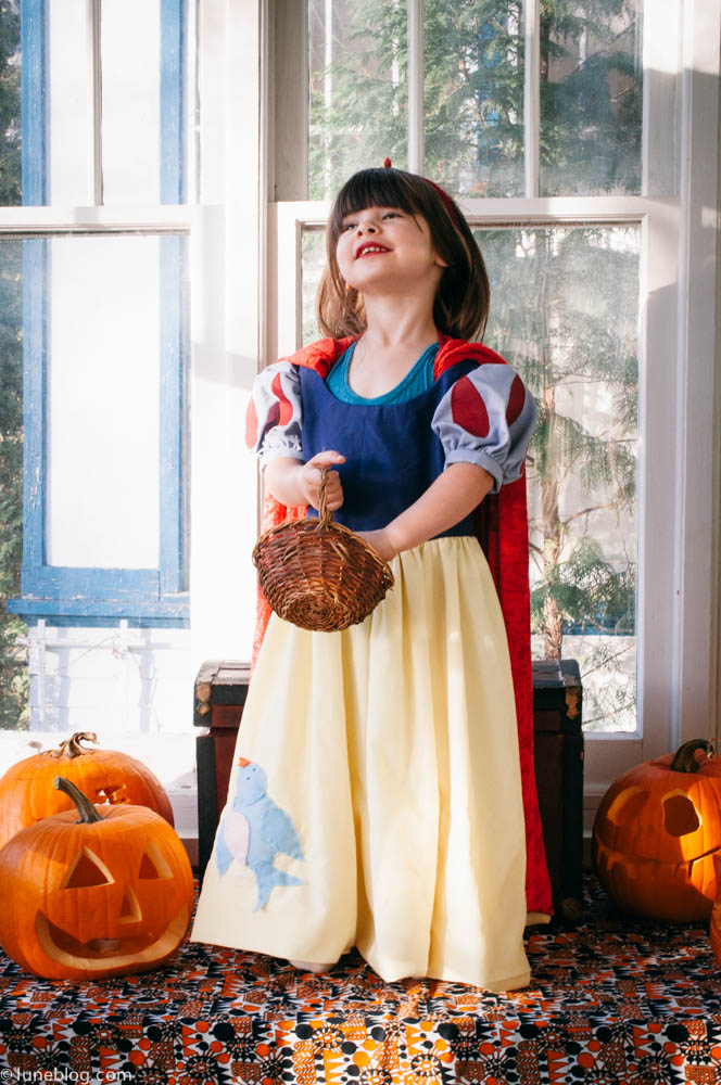 halloween lune blog snow white costume (36 of 24).jpg