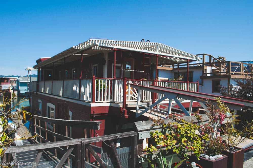 houseboats of sausalito sanfransisco lune travels blog (9 of 31).jpg