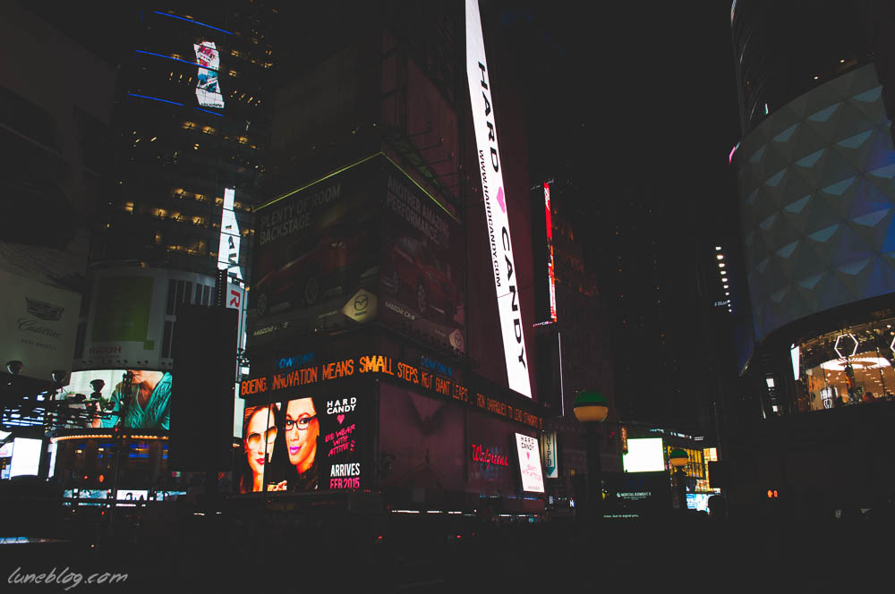 lune blog times square nyc spring (18 of 23).jpg