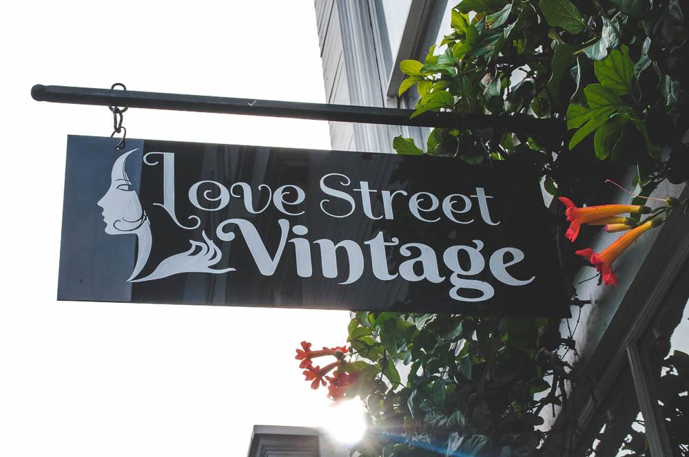 lune travel blog haight ashbury vintage shopping (39 of 32).jpg