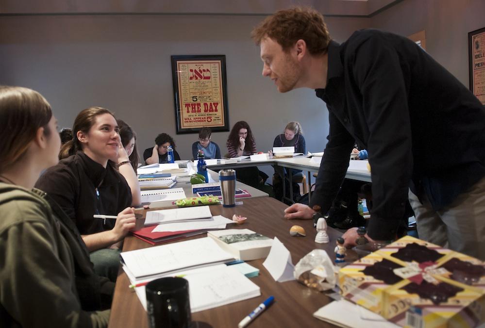 yiddish-instructor.jpg