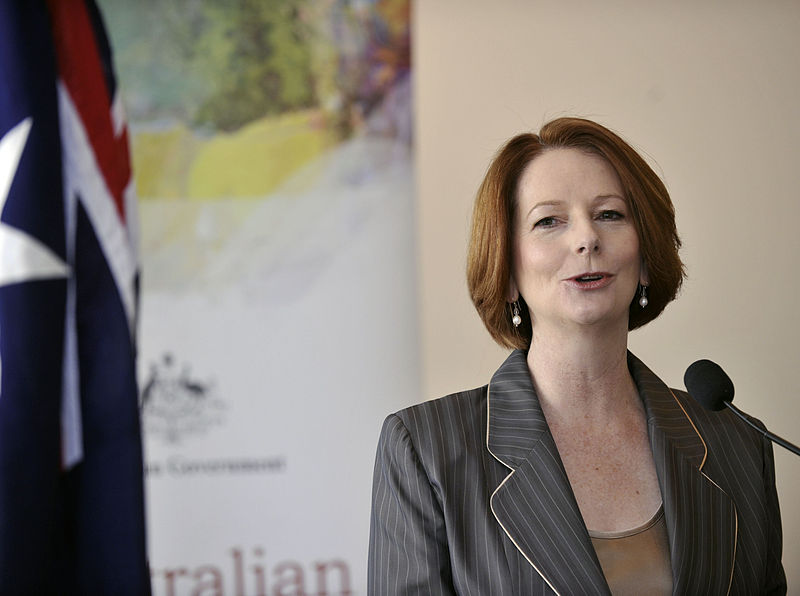 800px-julia_gillard_august_2011.jpg