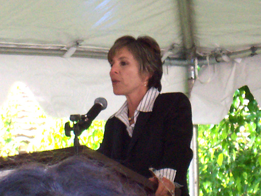 U.S. Senator Barbara Boxer (D-CA) was one of the senators who introduced the U.S.-Israel Strategic Partnership Act of 2013 for consideration in the Senate on March 5. Credit: Wikimedia Commons.