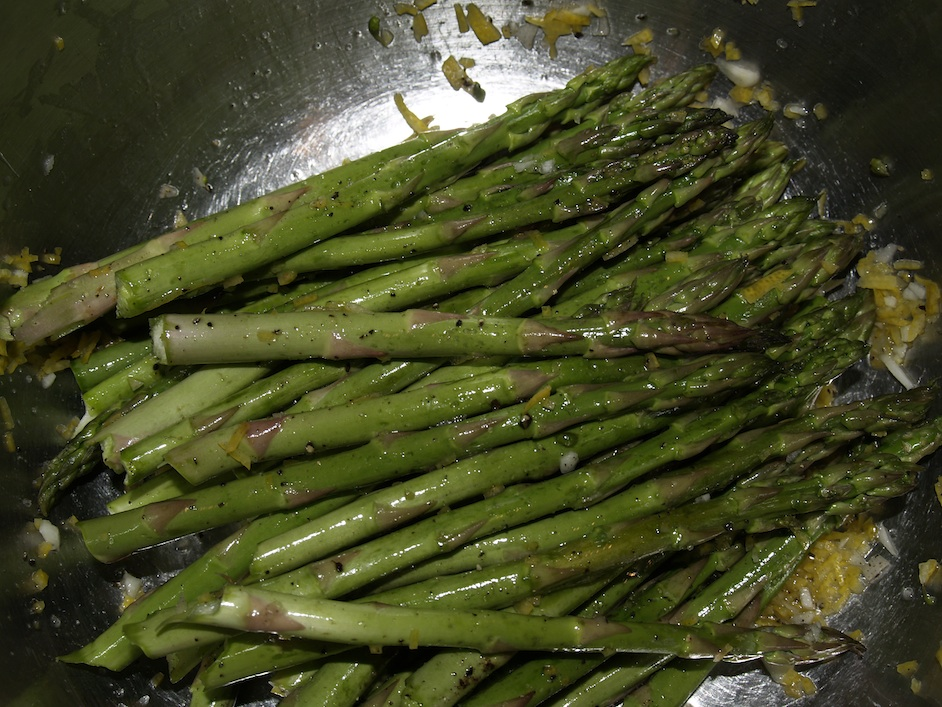 Asparagus is the emblematic spring vegetable, and Passover is the spring holiday, writes chef Mollie Katzen. Credit: Wikimedia Commons.