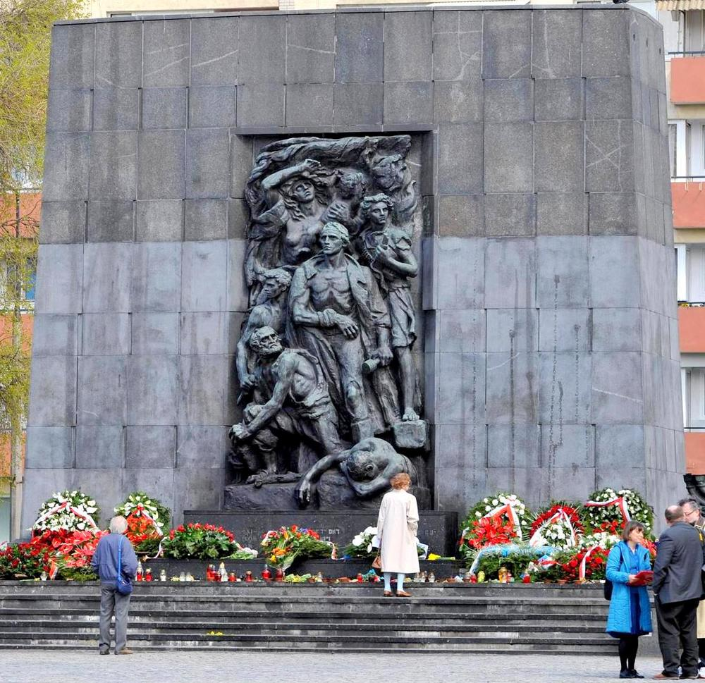 Click photo to download. Caption: The Nathan Rapoport monument to the Warsaw Ghetto Uprising heroes. The monument is adjacent to the newly opened Museum of the History of Polish Jews. Credit: Cezary Piwowarski.