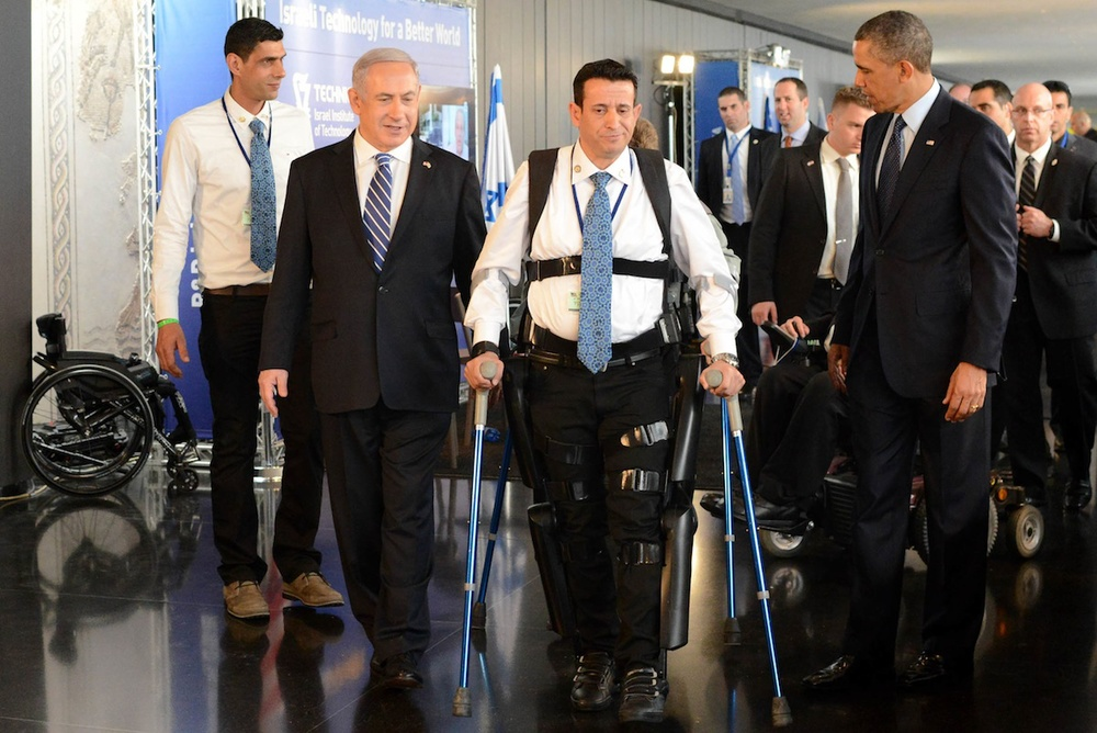 "Click photo to download. Caption: Israeli Prime Minister Benjamin Netanyahu and U.S. President Barack Obama seen during an exhibition of technological innovations, ""Israel Technology for a Better World,"" at the Israel Museum in Jerusalem on March 21, 2013. While Israel, called the ""start-up nation,"" is fast becoming a leader in the biomedical and biotechnology fields, industry experts say the Israeli Health Ministry may be unduly hindering its growth. Credit: Kobi Gideon/GPO/FLASH90."