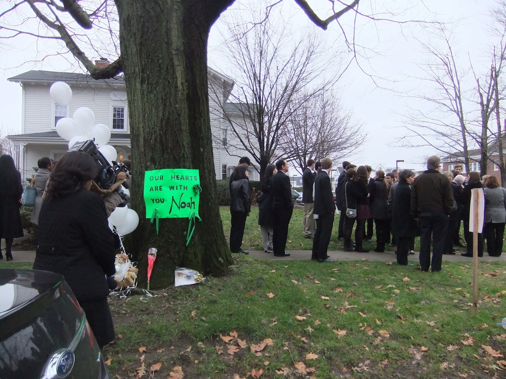 Click photo to download. Caption: Outside Abraham L. Green Funeral Home on Monday in Fairfield, Conn., where 6-year-old Noah Pozner was eulogized three days after the Sandy Hook Elementary School shootings. Credit: Connecticut Jewish Ledger.