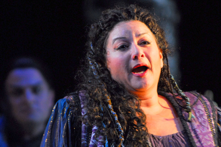 "Click photo to download. Caption: Opera singer Sharon Azrieli Perez, pictured here performing in ""Turandot"" in March 2008, will perform this Mother's Day at the 92nd Street Y in New York. Credit: Courtesy Sharon Azrieli Perez."