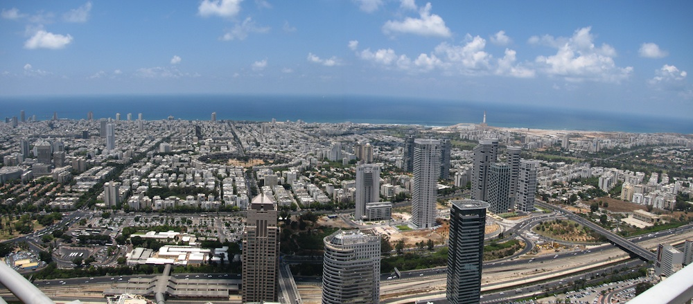 A view of Tel Aviv, which Syria is reportedly targeting with half-ton warhead missiles. Credit: Wikimedia Commons.