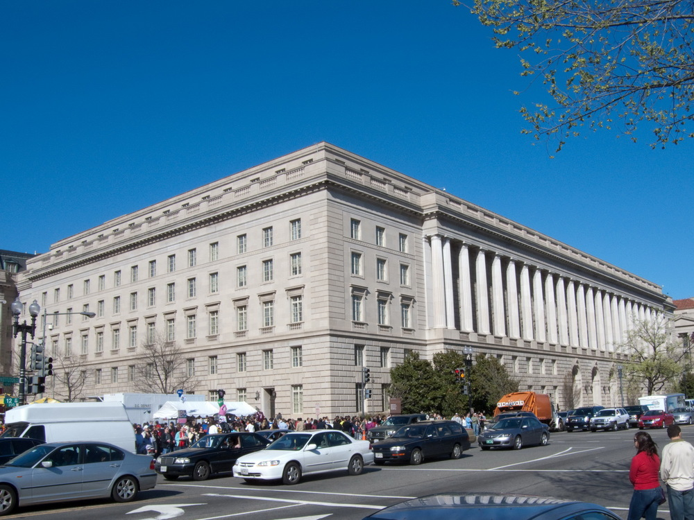 Click photo to download. Caption: IRS headquarters in Washington, DC. Credit: Internal Revenue Service.
