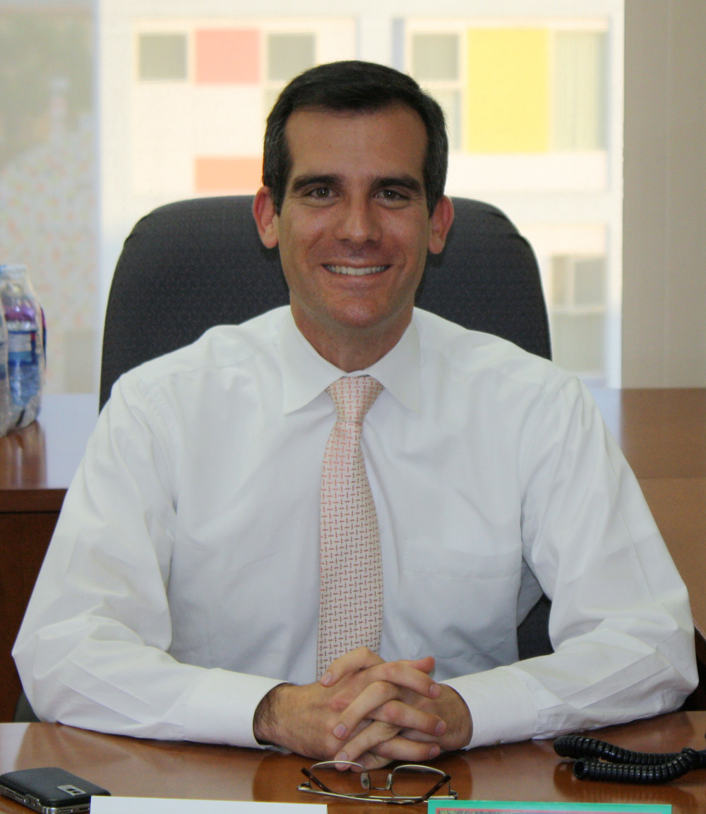 Eric Garcetti, the first elected Jewish mayor in Los Angeles history. Credit: Neon Tommy/Wikimedia Commons.