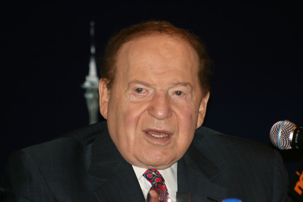 Sheldon Adelson, pictured, and his wife Miriam have donated another $40 million to Birthright Israel. Credit: Wikimedia Commons.