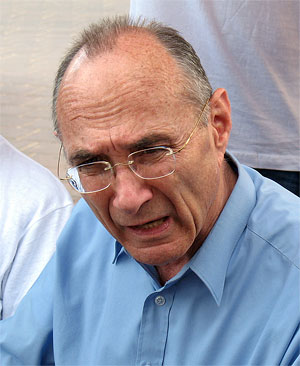 Israeli Tourism Minister Uzi Landau. Credit: Wikimedia Commons.