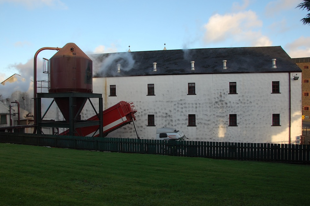 Click photo to download. Caption: The Bushmills Whiskey Distillery in Bushmills, Ireland. Credit: Rachael Cerrotti/Flash90.