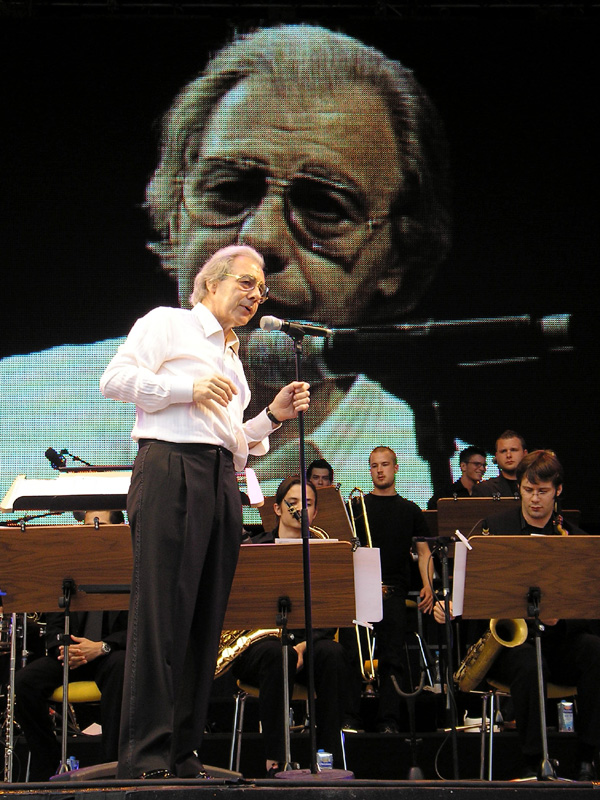 Click photo to download. Caption: Lalo Schifrin in concert with the Big Band of the Kölner Musikhochschule on July 7, 2006, in Cologne, Germany. Credit: Alexandra Spürk.