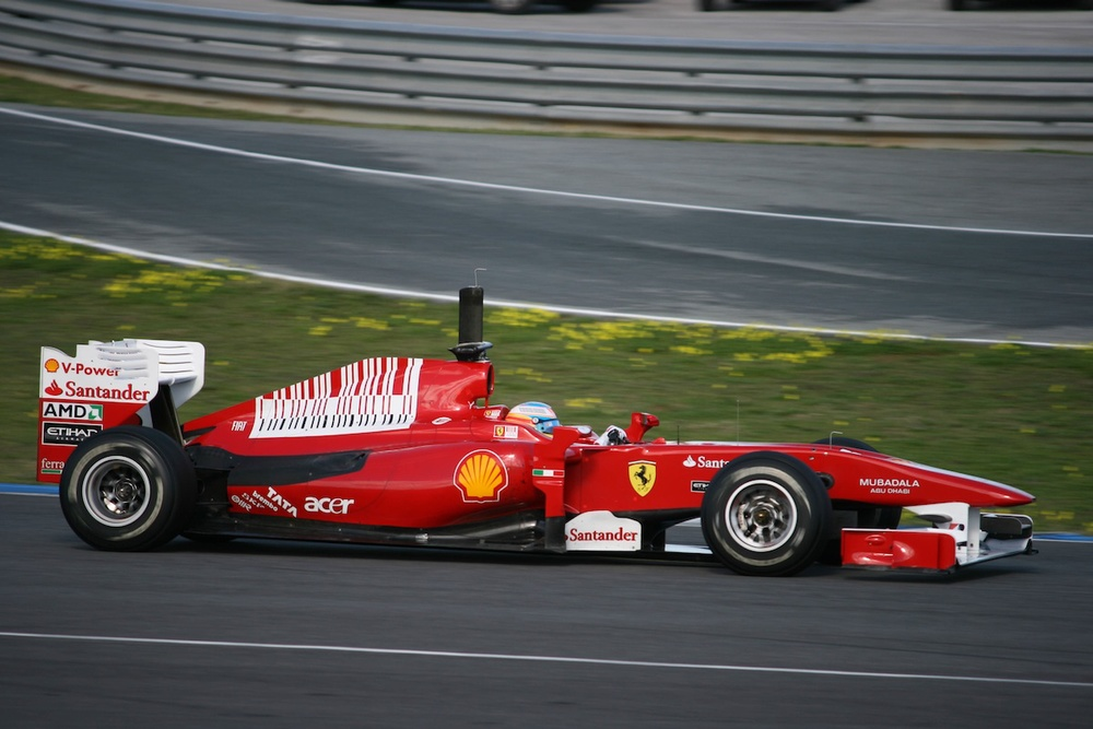 A Formula 1 car. Credit: Wikimedia Commons.