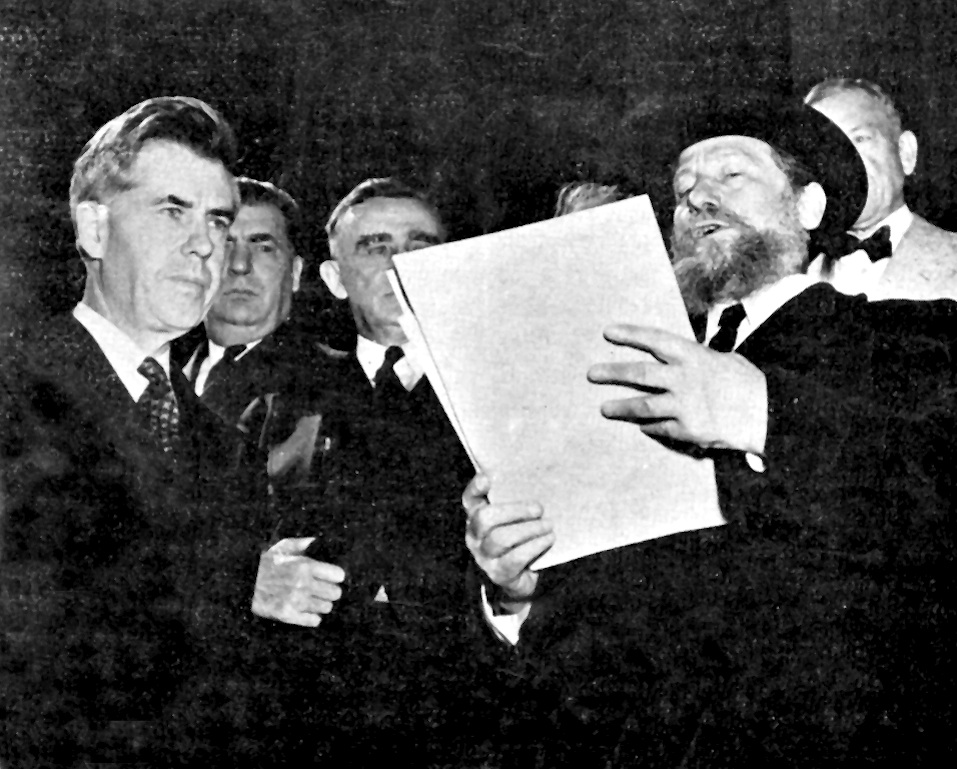 Click photo to download. Caption: More than 400 rabbis marched in Washington, DC, three days before Yom Kippur in 1943. Here, Rabbi Eliezer Silver reads the group's petition aloud on the steps of the Capitol, as Vice President Henry Wallace listens. Credit: Courtesy The David S. Wyman Institute for Holocaust Studies.