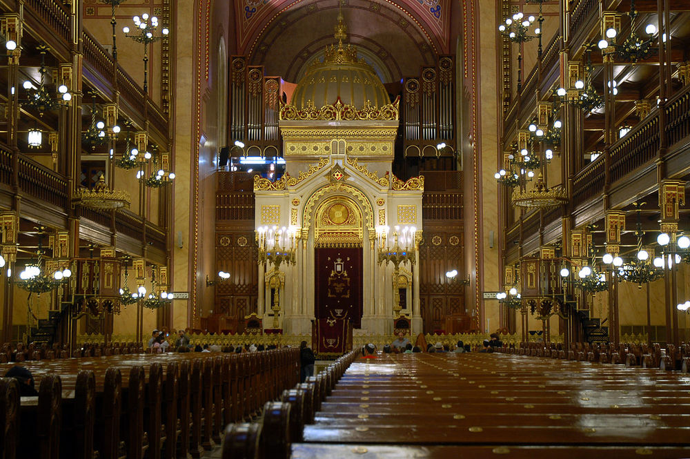 Click photo to download. Caption: The Dohany Synagogue in Budapest. Credit: Raphi Bloom.
