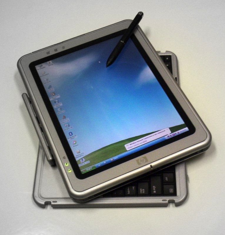 "Click photo to download. Caption: A Hewlett-Packard tablet computer. As American and Israeli schools shift from textbooks to tablets, entrepreneurs from the ""start-up nation"" are hoping they can bank on the trend. Credit: Janto Dreijer via Wikimedia Commons."