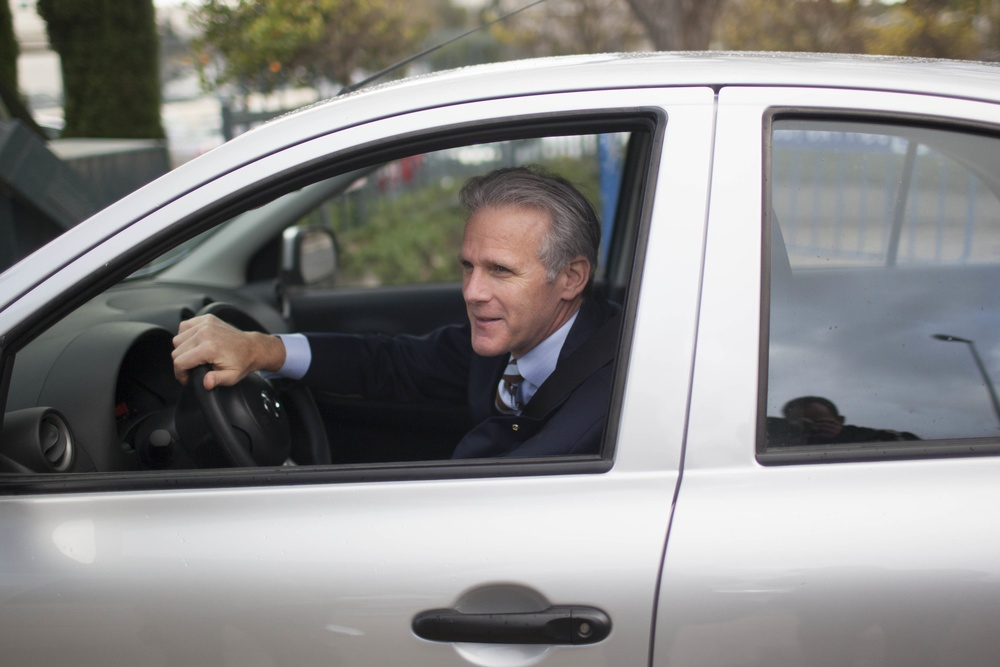 Click photo to download. Caption: Israel's ambassador to the United States, Michael Oren, arrives to a meeting at the Prime Minister's Office in Jerusalem on March 17, 2013. Credit: Yonatan Sindel/Flash90.