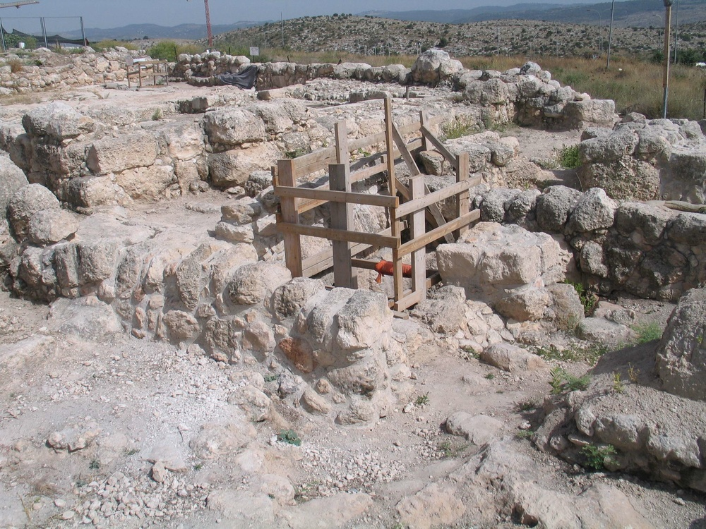 Click photo to download. Caption: in Modi'in, remains of the Umm el-Umdan (Mother of Pillars in Arabic) synagogue, which was built in the Hasmonean period. The structure, located near the Buchman neighborhood on the Modi'in-Latrun road, closely resembles other renowned Second Temple-period synagogues, such as those at Masada, Herodium, and Gamla, that have all become major tourism sites. Credit: Bukvoed via Wikimedia Commons.