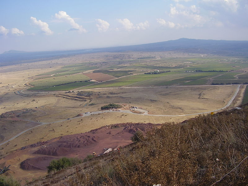 The Golan Heights, where a spillover from the Syrian civil war injured two Israeli soldiers on Wednesday. Credit: Wikimedia Commons.