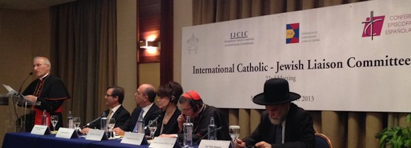 Click photo to download. Caption: The Oct. 13 International Catholic-Jewish Liaison Committee (ICJLC) summit. Credit: World Jewish Congress.
