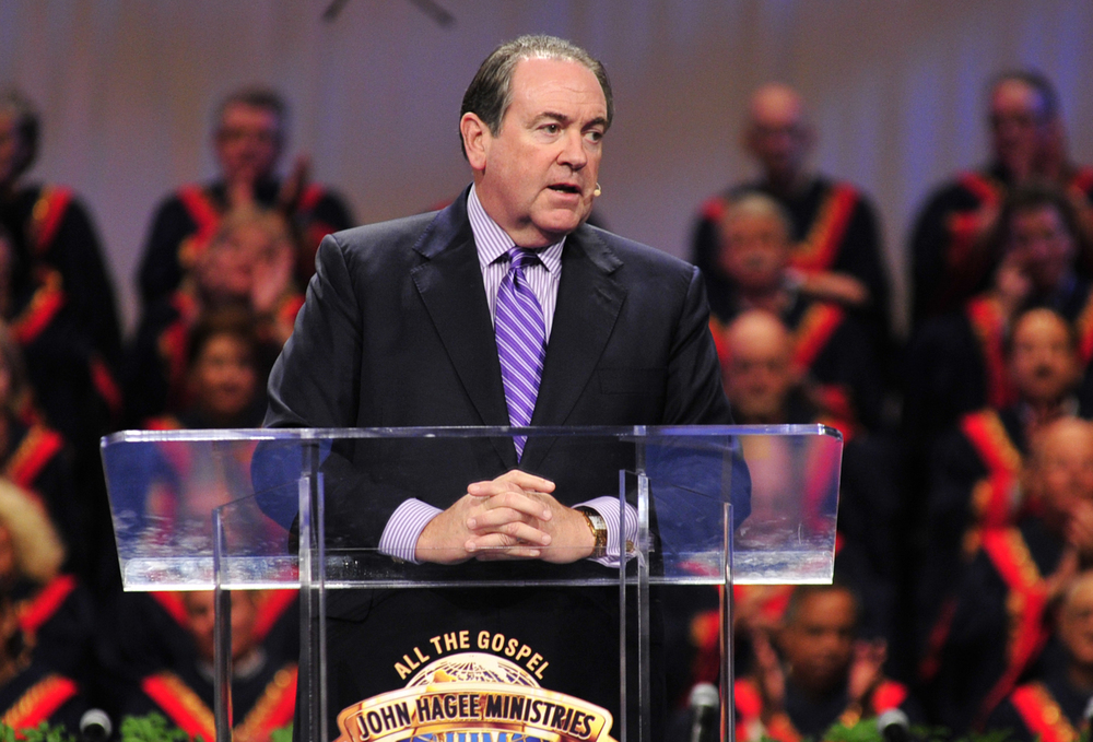 "Former Arkansas Governor Mike Huckabee speaks at Pastor John Hagee's ""Night to Honor Israel"" event on Oct. 27. Credit: Christians United For Israel."