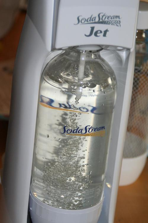 A SodaStream device. SodaStream is one of three Israeli companies targeted by the United Church of Canada's BDS campaign. Credit: Wikimedia Commons.
