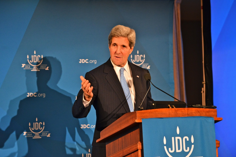 Click photo to download. Caption: U.S. Secretary of State John Kerry delivers remarks at the American Jewish Joint Distribution Committee's 100th Anniversary Celebration at the National Women in the Arts Museum in Washington, DC, on December 9, 2013. Credit: State Department.