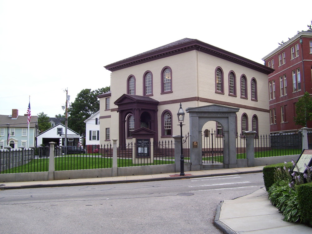 Click photo to download. Caption: Touro Synagogue in Newport, RI. Credit: Swampyank via Wikimedia Commons.