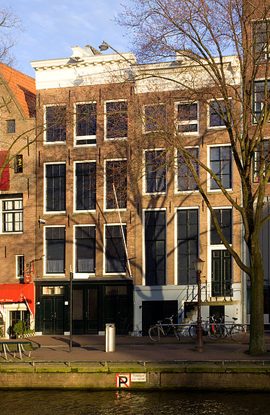 The Anne Frank House, where the Frank family hid during the Holocaust and where Anne wrote her now-famous diary. Credit: Wikimedia Commons.