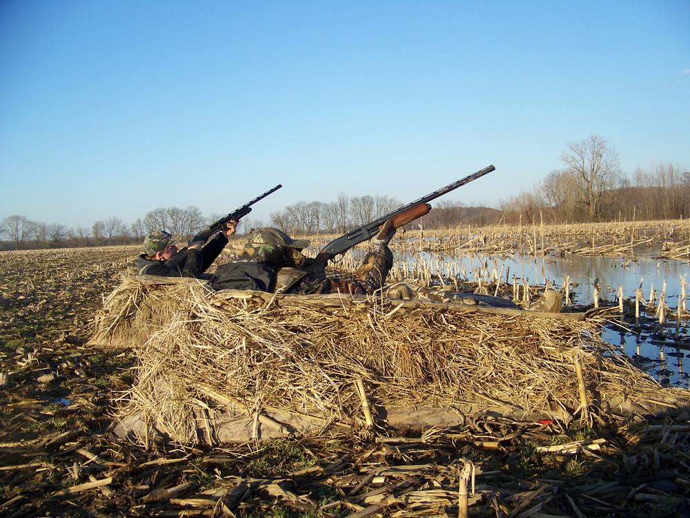 Click photo to to download. Caption: Hunters at the Clarks River National Wildlife Refuge in Kentucky. Credit: Michael Johnson, U.S. Fish and Wildlife Service (USFWS).