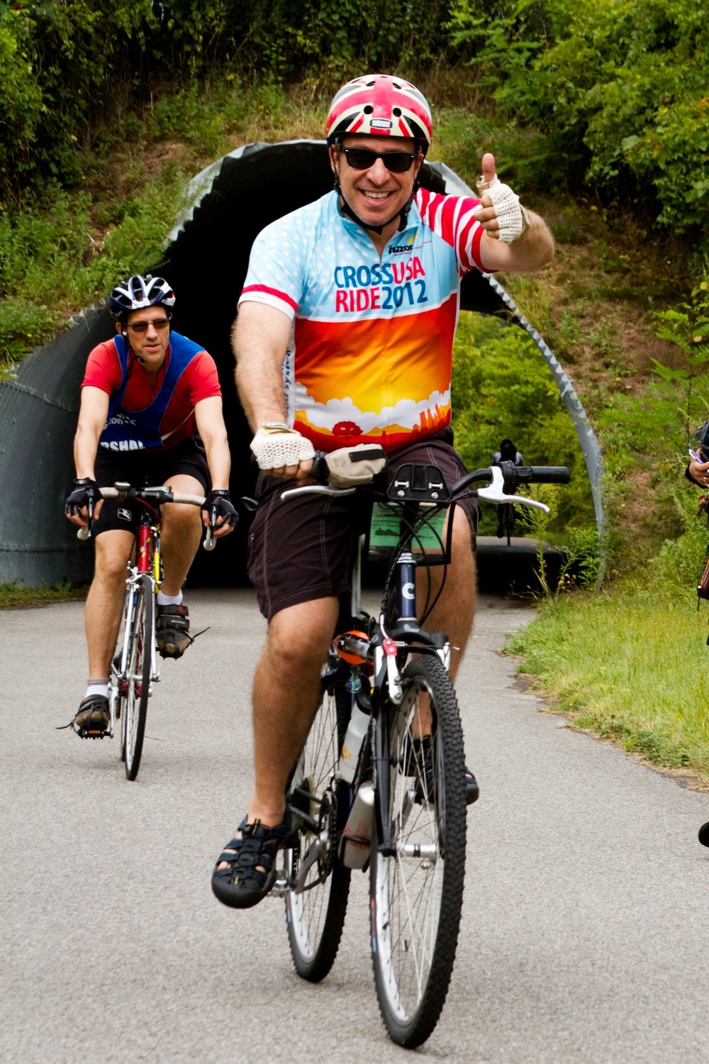 Click photo to download. Caption: Nigel Savage (front), president of the Jewish nonprofit Hazon, rides through the Hudson Valley on Hazon's New York bike ride. Credit: Courtesy of Hazon.