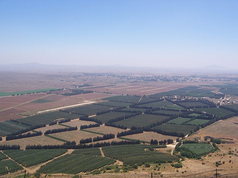 Aerial view of the border between Israel's Golan Heights and Syria. Four Israeli soldiers were wounded after a bomb hit their jeep in the Golan Heights near the border on Tuesday. Credit: Wikimedia Commons.