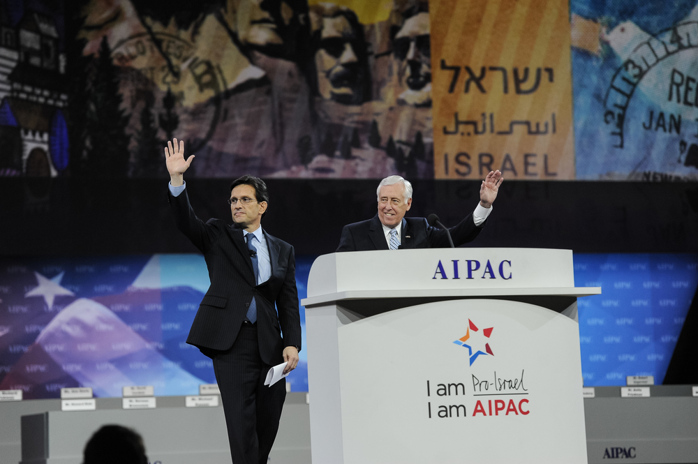 Click photo to download. Caption: House Majority Leader Eric Cantor (R-VA) and House Democratic Whip Steny Hoyer (D-MD) at the recent 2014 AIPAC conference in Washington, DC. Cantor and Hoyer initiated a March 18 letter to President Barack Obama on Iran that was signed by 395 members of the House of Representatives. Credit: AIPAC.