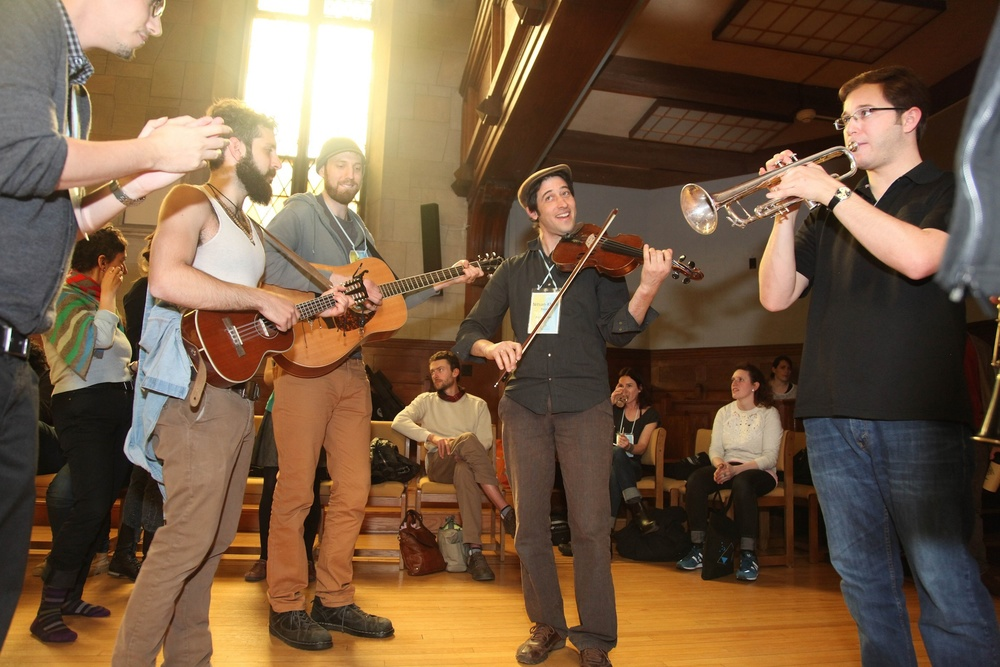 Click photo to download. Caption: A musical performance at the recent Asylum Arts International Jewish Artists Retreat in Garrison, NY. Credit: Shulamit Seidler-Feller.