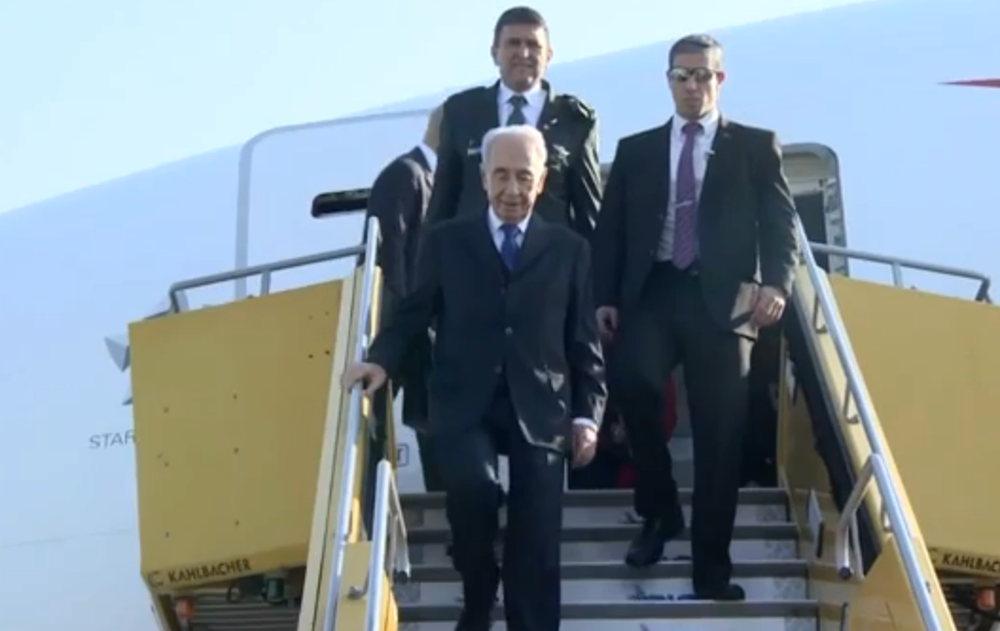Israeli President Shimon Peres arrives in Austria on Sunday for an official state visit to the country. Credit: Israel Hayom video screenshot.