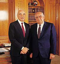 Brazilian-Jewish Financier Moise Y. Safra (right) with his brother Joseph. Credit: Wikimedia Commons.
