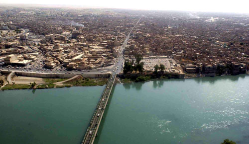 A view of the Iraqi city of Mosul. Credit: Sgt. Michael Bracken via Wikimedia Commons.