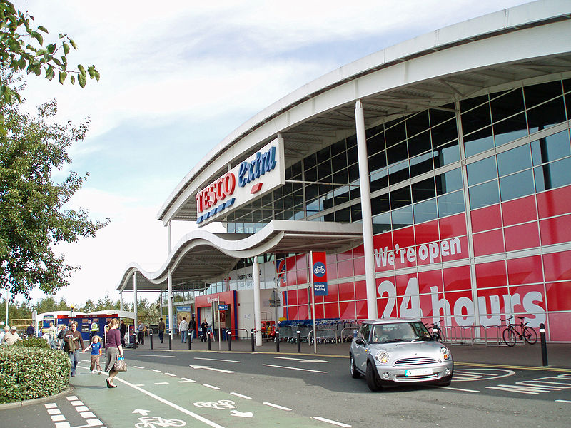 A Tesco store. Credit: Mankind 2k via Wikimedia Commons.