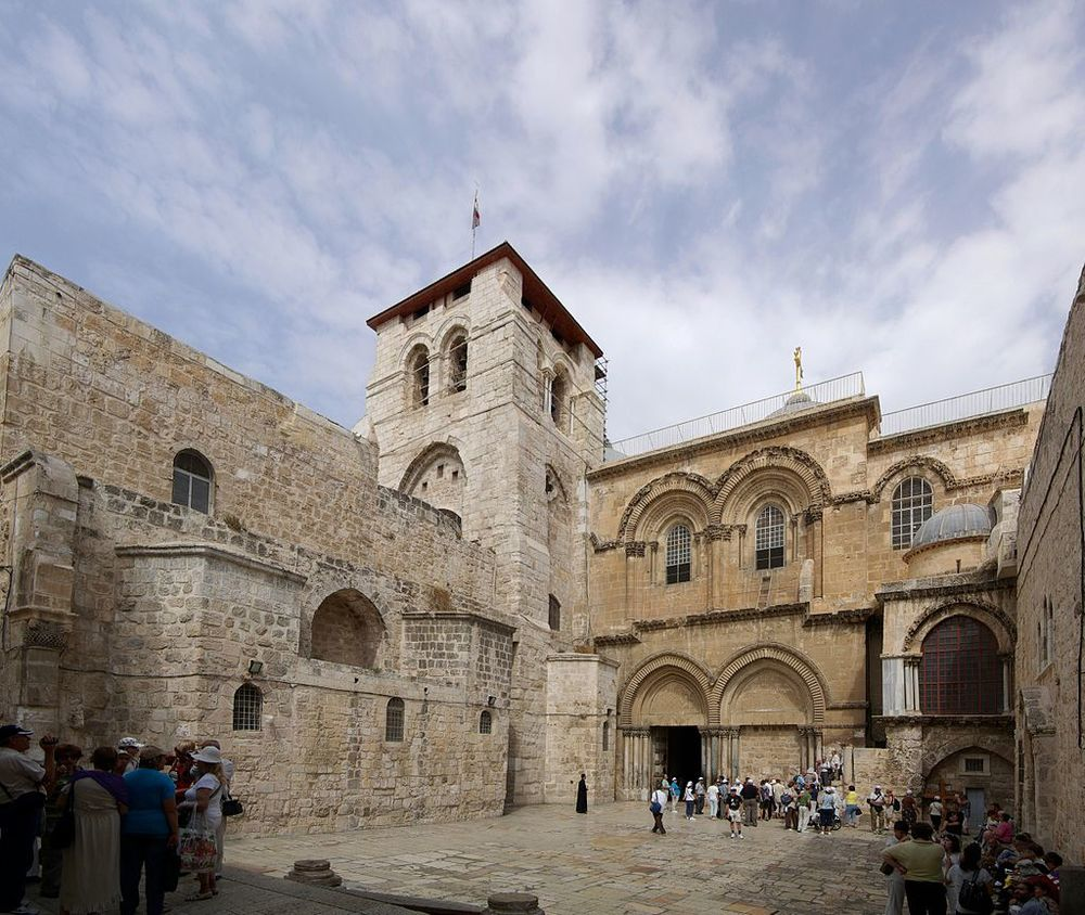 The disabled will now have easier access to Jerusalem's Church of the Holy Sepulchre. Credit: Wikimedia Commons.