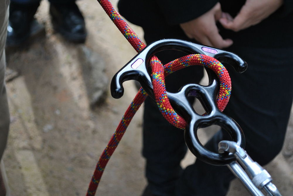 Police suspect that Netanel Arami's rappelling rope was purposely cut (illustrative photo). Credit: Wikimedia Commons.